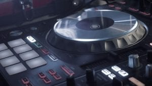 mixing-console-and-cdj